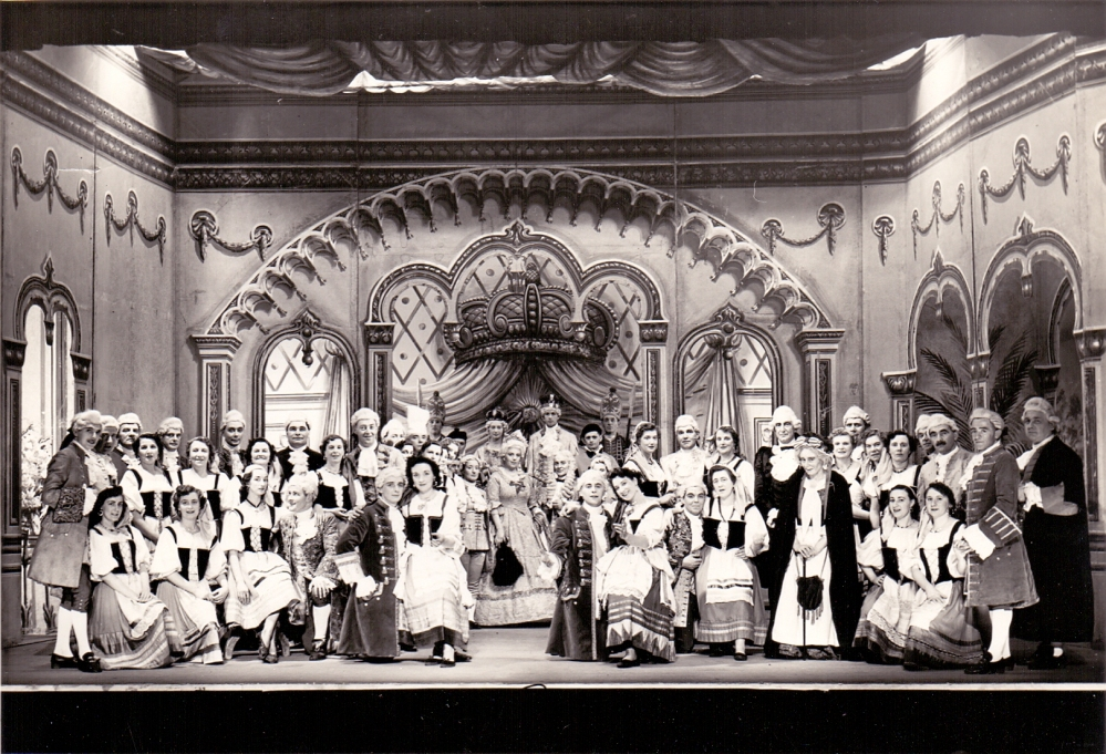 1954 The Gondoliers
