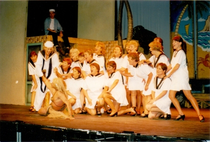 2001 South Pacific 13