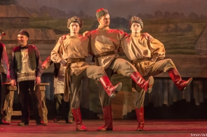To Life - Russian dancers, Oscar Pratley, Finley Pratley, Luke Saunders (Fyedka)